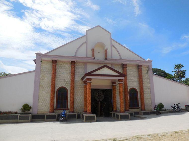 St._Vincent_Ferrer_Church_in_Larena-Siquijor